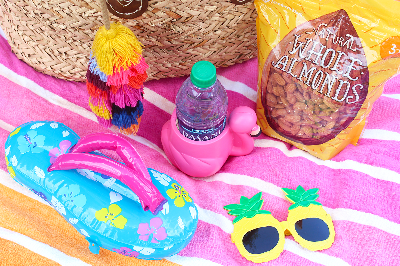 Beach Essentials: What to Pack for a Full Day at the Beach