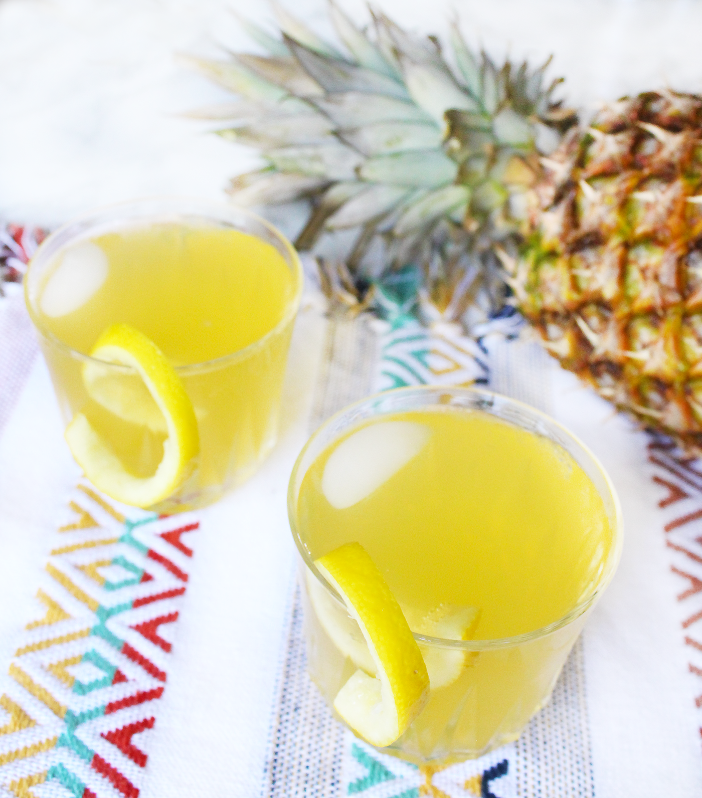 Skinny Coconut Pineapple Sparkling Cocktail Recipe